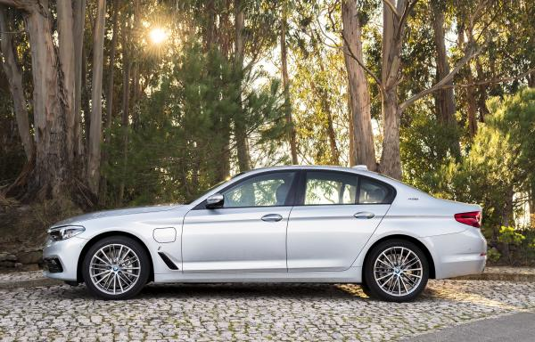 BMW 530e iPerformance G30/G31 252hp