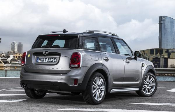 Mini Countryman 1.5T Hybrid F60 224hp